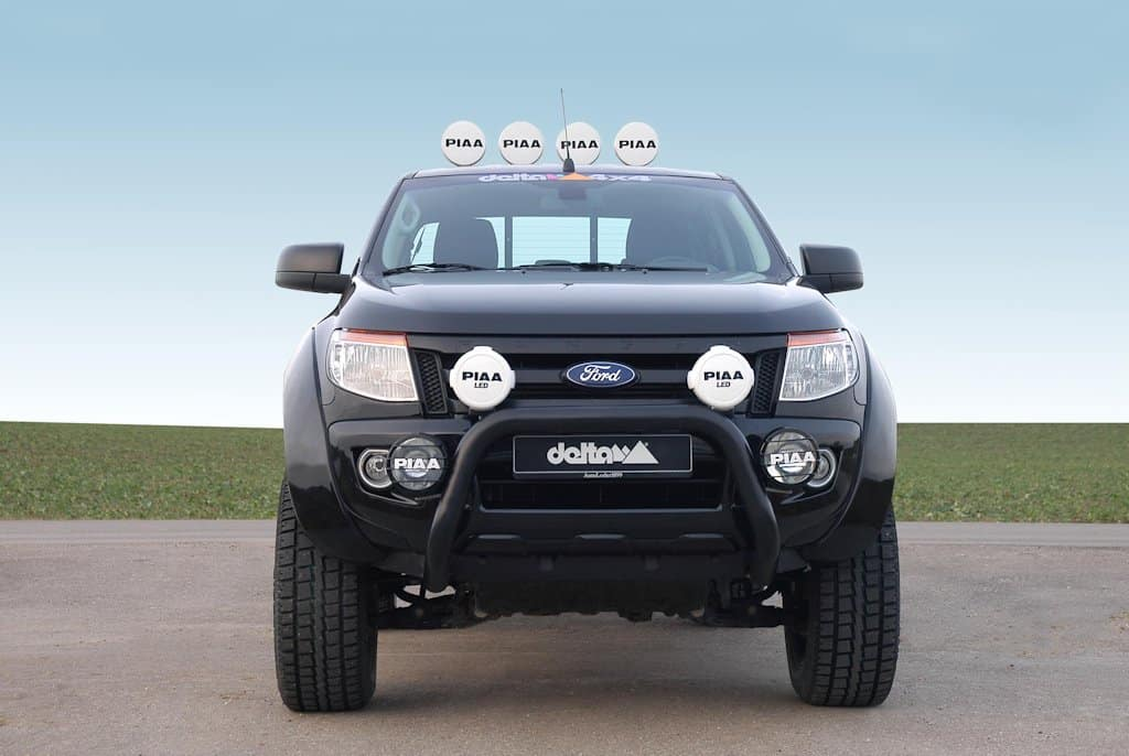 ford ranger als pick up monster black beast 4x4 news. Black Bedroom Furniture Sets. Home Design Ideas