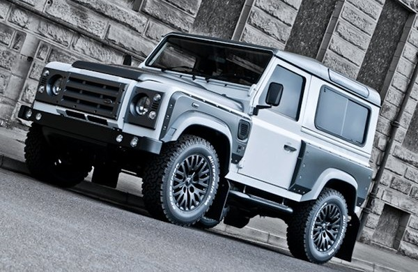 Land Rover Defender Tuning Off Road 1 600x390 Rauhe Schale, weicher Kern. Off Road Kult Geländewagen Land Rover Defender by A. Kahn Design