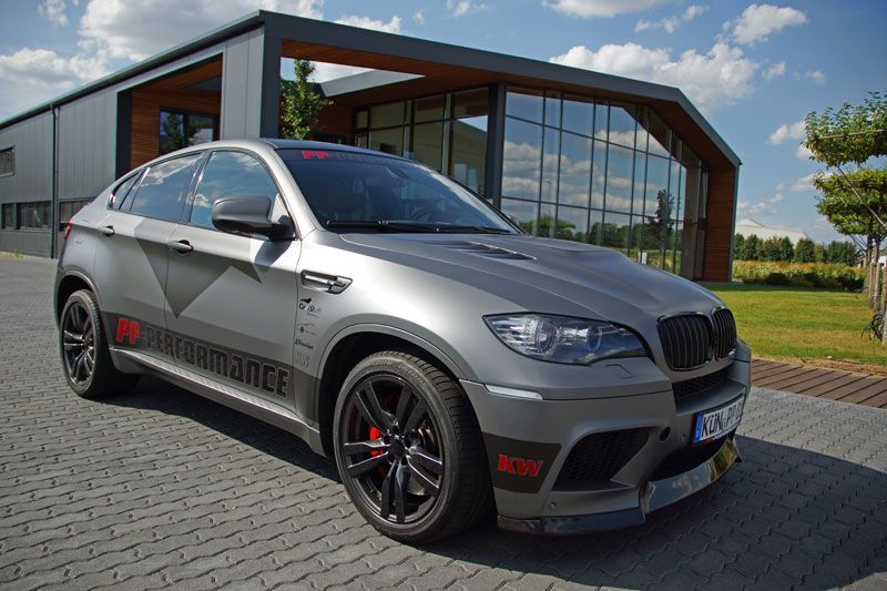 allrad sav bmw x6m tuning folierung 4x4news. Black Bedroom Furniture Sets. Home Design Ideas