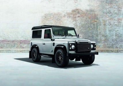 Land Rover Defender Highline XS Black Pack