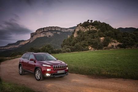 Ab April bei den deutschen Händlern erhältlich: die vierte Generation des SUVs Fiat Jeep Cherokee. Foto: dmd/Fiat