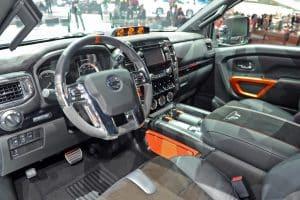 Nissan Titan Innenraum