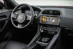 Jaguar F-Pace SUV Innenraum
