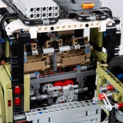 Lego Land Rover Defender2