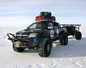 66186 toyota hilux antarktis expedition 2010 quelle toyota 1