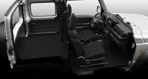 Suzuki Jimny NFZ Transporter Innenraum